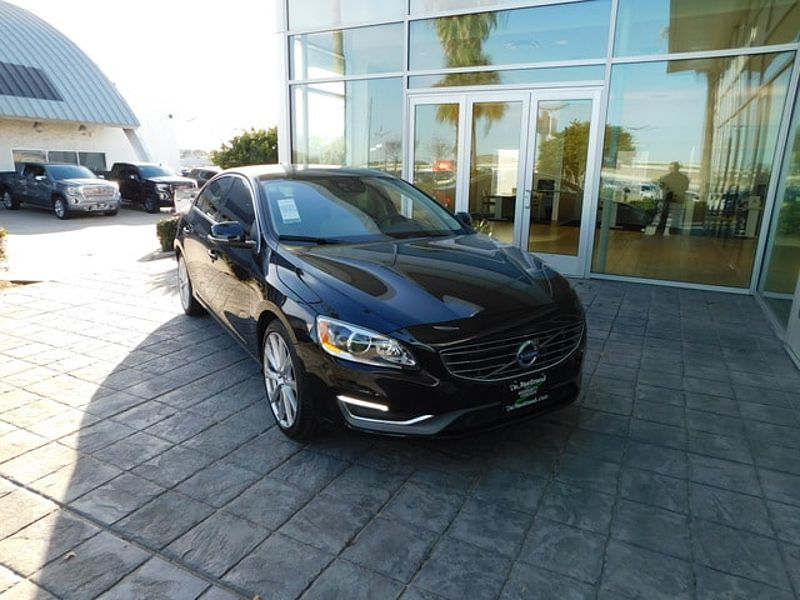 Volvo  S60 T5 FWD Inscription Platinum